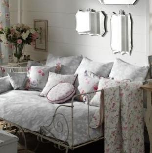 Create a girl's bedroom look that'll last