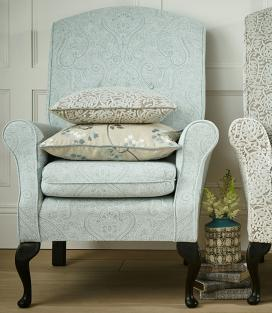 Reversible and durable damask fabric