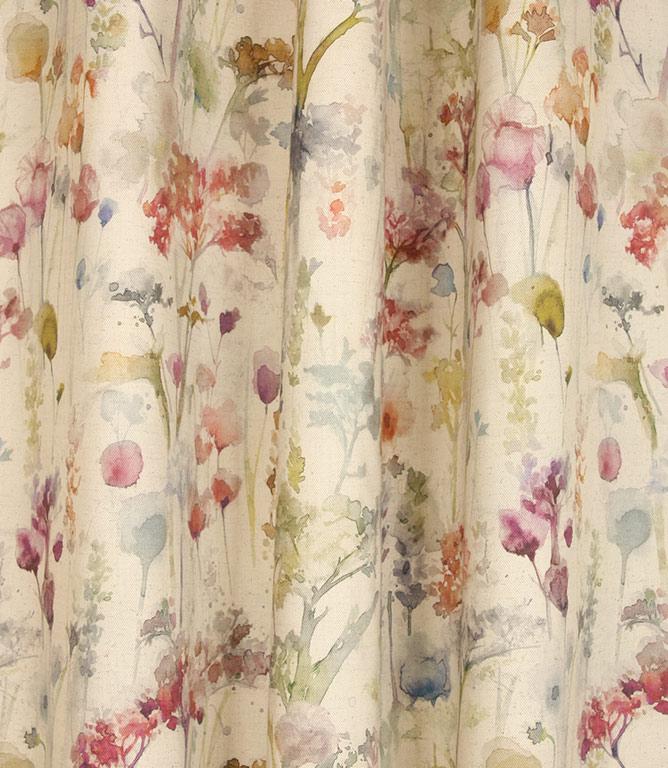 Voyage Maison Ilinizas Fabric / Poppy Natural