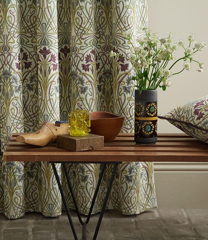 Tiffany Fabric / Mulberry