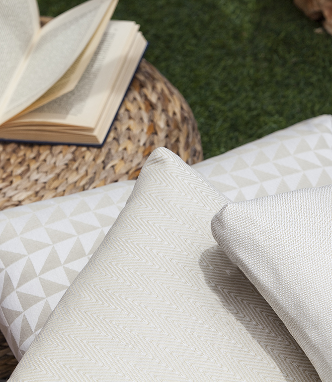 Trigon Outdoor Fabric / Grey