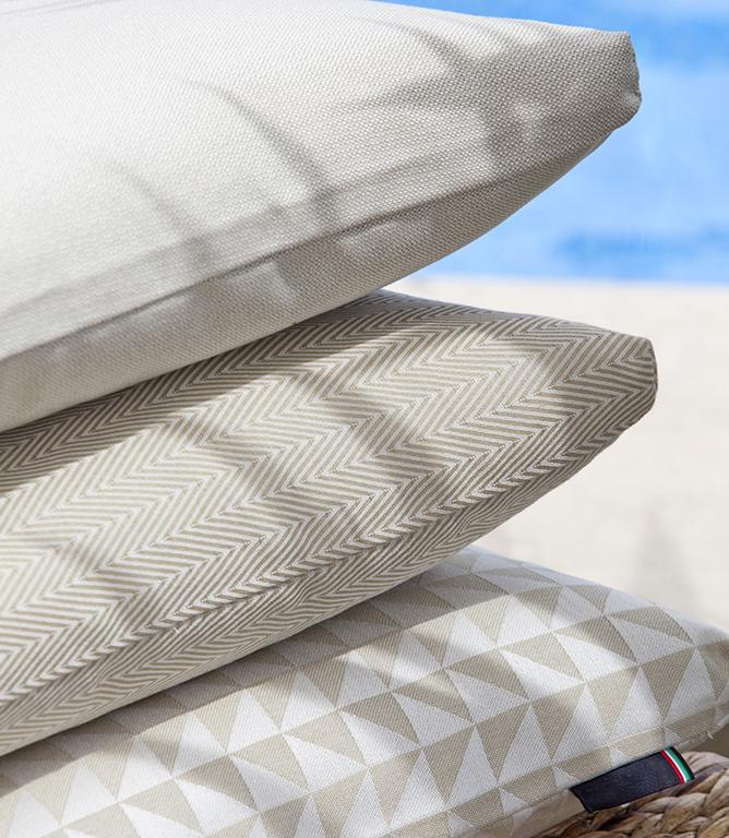Hatherop Waterproof Fabric / Grey