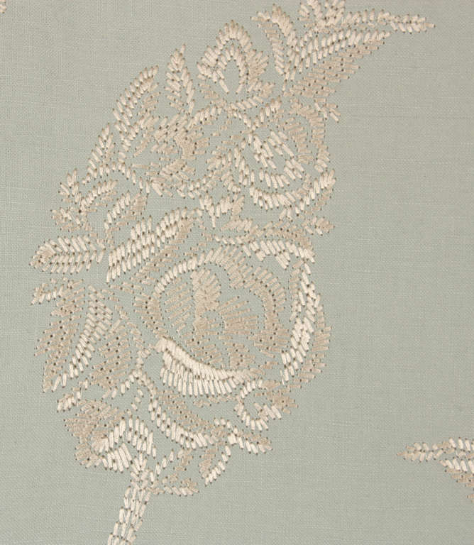Voyage Decoration Wakehurst Fabric / Duck Egg
