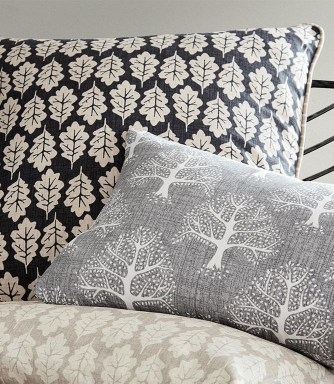 iLiv Oak Leaf Fabric / Pewter